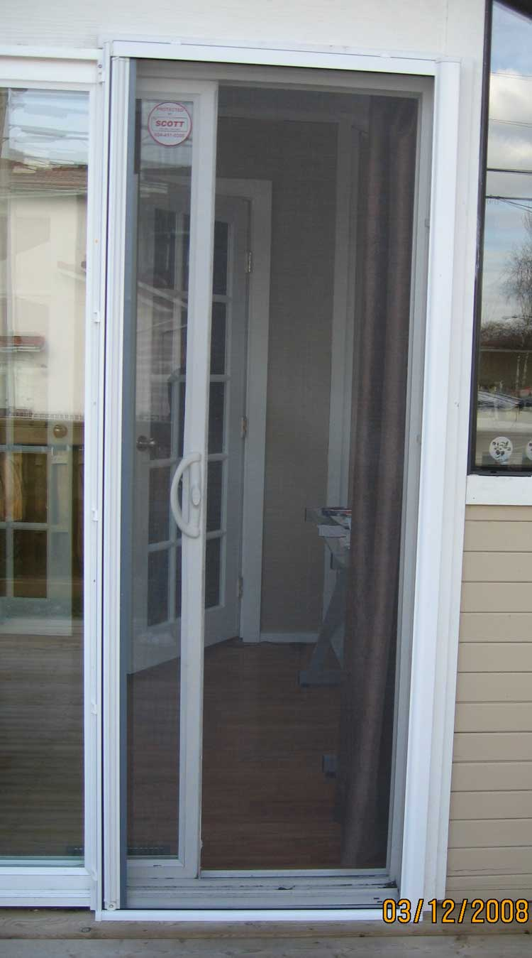 Omnifine retractable screen door and window vancouver for Sliding screen door canada