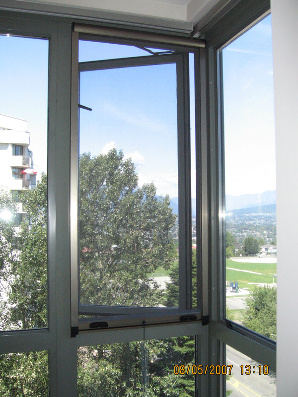 Omnifine retractable screen doors and windows vancouver for Sliding glass doors vancouver